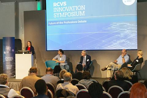 A panel discussion at the RCVS ViVet Symposium 2019